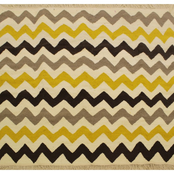 tapis scandinave zigzag jaune noir et gris. Black Bedroom Furniture Sets. Home Design Ideas