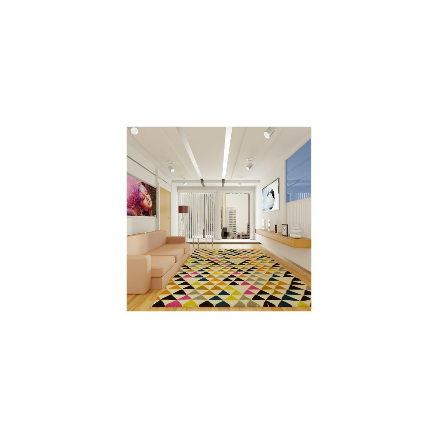 tapis scandinave triangulaire m lange de couleurs. Black Bedroom Furniture Sets. Home Design Ideas
