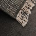 tapis berbère gris avec deux motif en relief