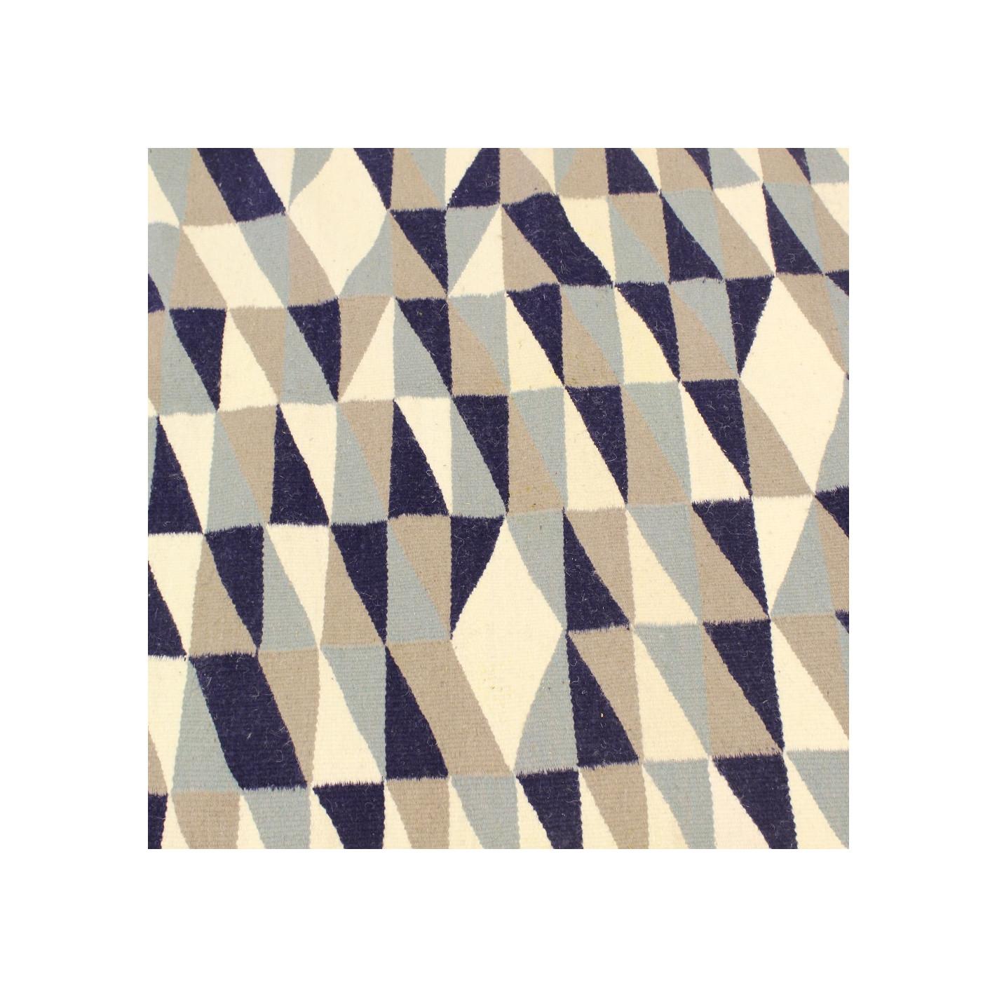 tapis scandinave blanc nuance bleu. Black Bedroom Furniture Sets. Home Design Ideas