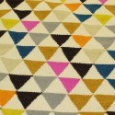 Tapis scandinave triangulaire mélange de couleurs